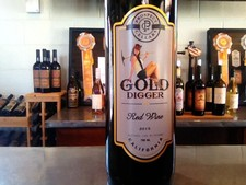 2015 Gold Digger Red Wine